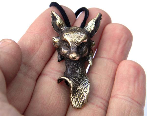 Купить необычное украшение лиса кулон в подарок девушке