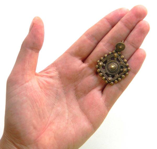 купить древний солярный символ в подарок