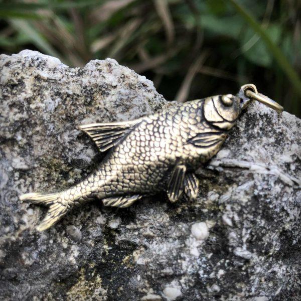что привезти из крыма в подарок купить в симферополе подарок рыбам кулон рыба бронзовый