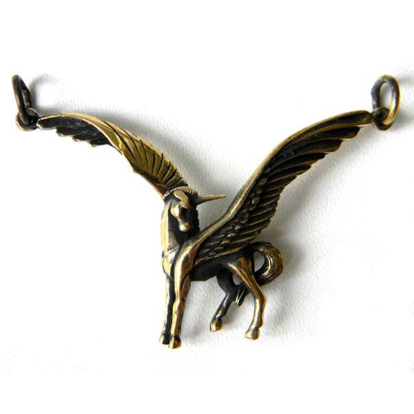 что привезти из крыма в подарок бронзовые украшения бронзленд
