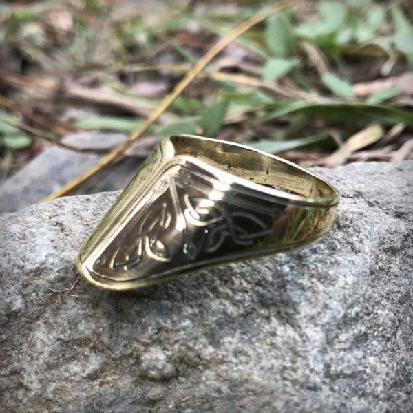 оптом купить кольцо из бронзы для стрельбы из лука в крыму