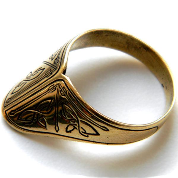 купить подарок лучнику-реконструктору кольцо для защиты пальца большого