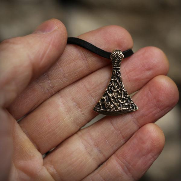 топор кельтский стиль бронзовый кулон секира мужской оберег купить в симферополе