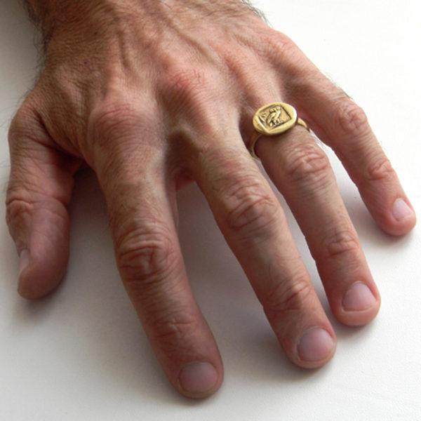 что привезти из крыма в подарок кольцо симферополь