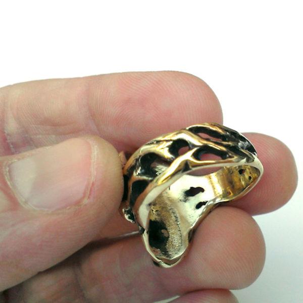 подарок парню кольцо купить