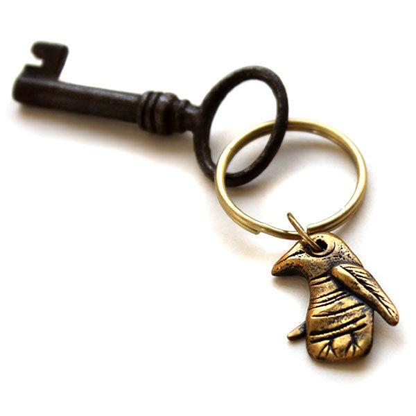 Купить брелок сувенир в виде птички бронзовое изделие