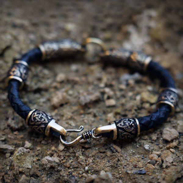 купить кожаные браслеты фото с головами волка интересные подарки ручной работы