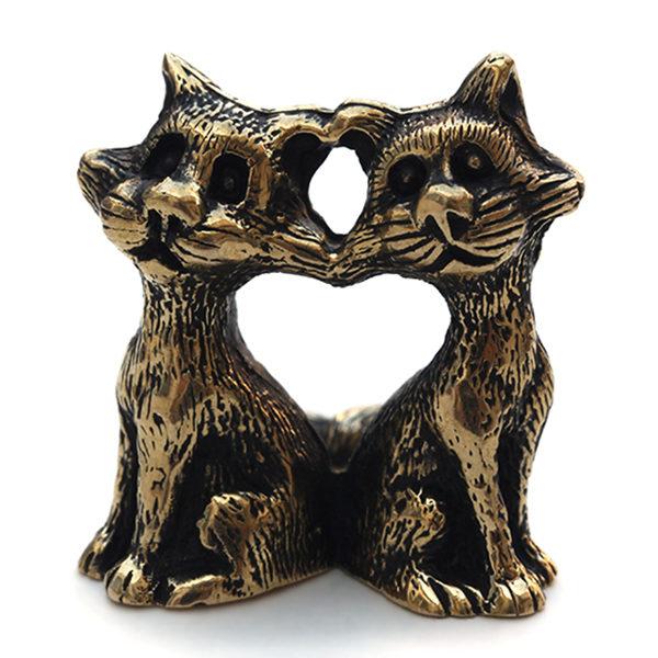 Где купить оригинальный подарок на 14 февраля девушке сувениры в виде кошек бронз лэнд