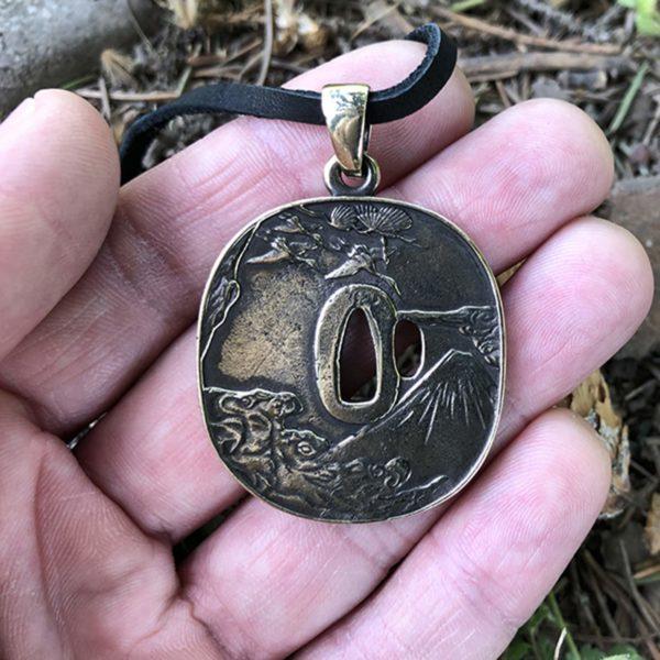 бронзовые украшения кулоны кольца брелоки купить от производителя оптом и в розницу