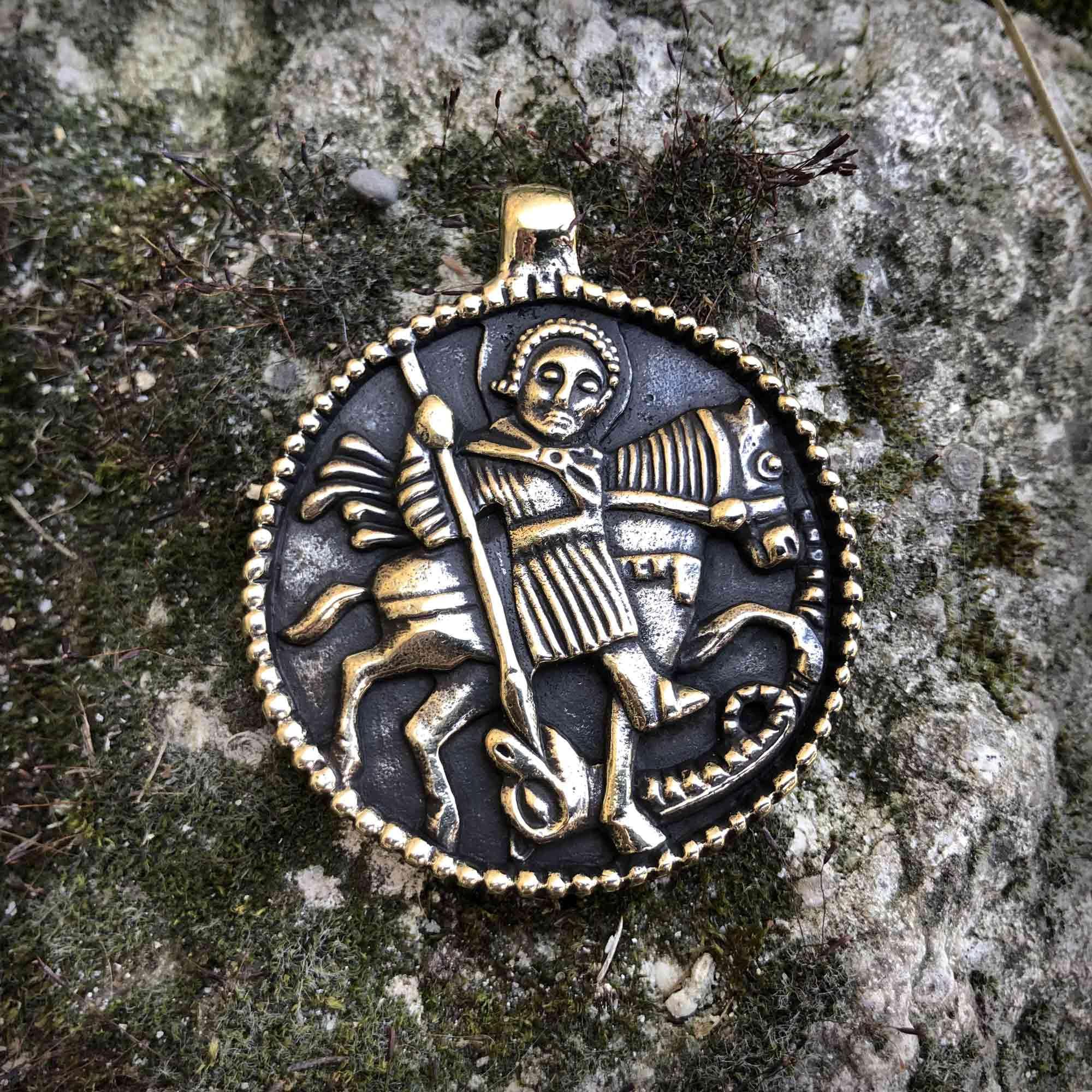 бронзовый кулон змеевик георгий победоносец купить в крыму оптом бижутерию