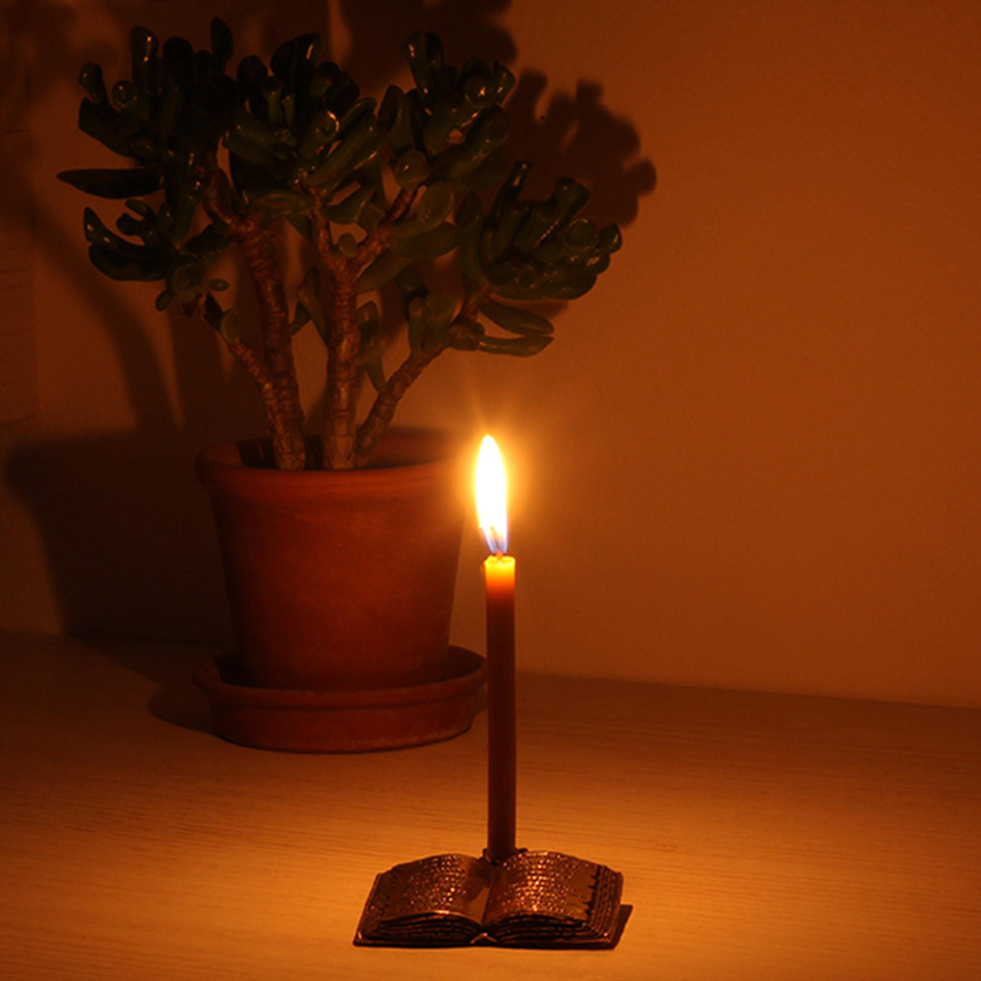 подсвечник для тонкой церковной свечи