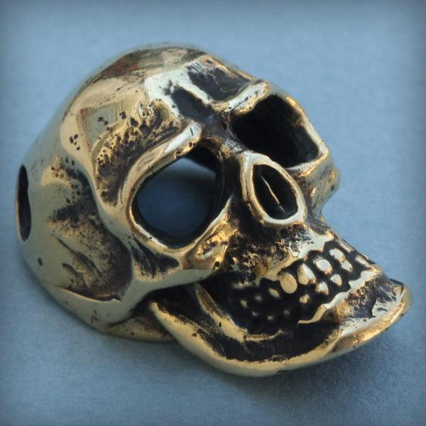 что привезти из крыма в подарок бронзовые украшения череп кулон купить в симферополе