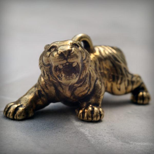 что привезти из крыма бронзовая статуэтка тигр брелок подарок на новый год 2022