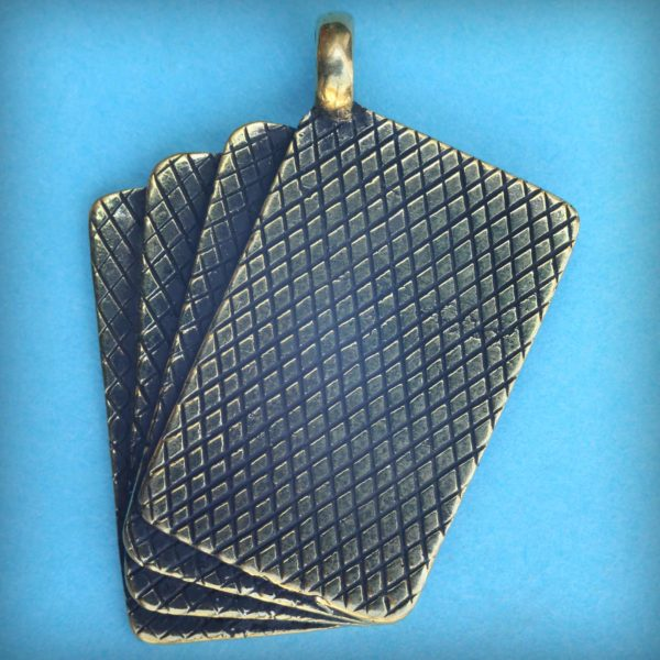 каре кулон бронзовый подвеска четыре туза подарок любителю покера купить в симферополе